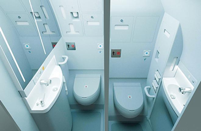 Туалеты в компоновке Space-Flex вписаны в обводы гермошпангоута, что позволяет увеличить объем салона