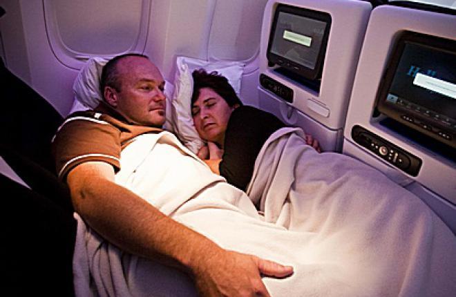 Air New Zealand начала эксплуатацию Boeing 777-300 c интерьером Skycouch