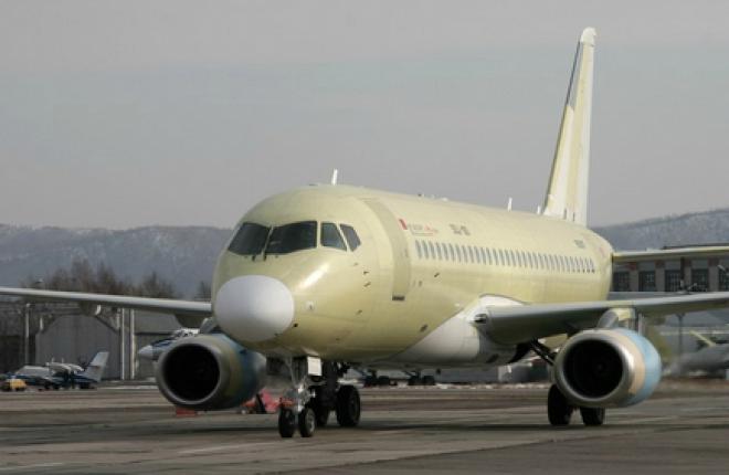 """Парк """"Газпромавиа"""" пополнился девятым самолетом Sukhoi Superjet 100LR"""