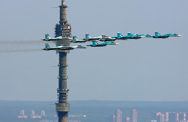В планах ОАК — собрать 2450 военных самолетов до 2035 года :: Артем Аникеев //Transport-Photo.com