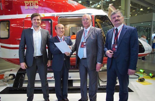 Церемония подписания соглашения между РВС и Sharp Aviation K