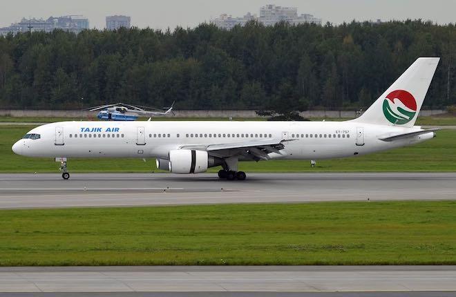 самолет Boeing 757 Tajik Air