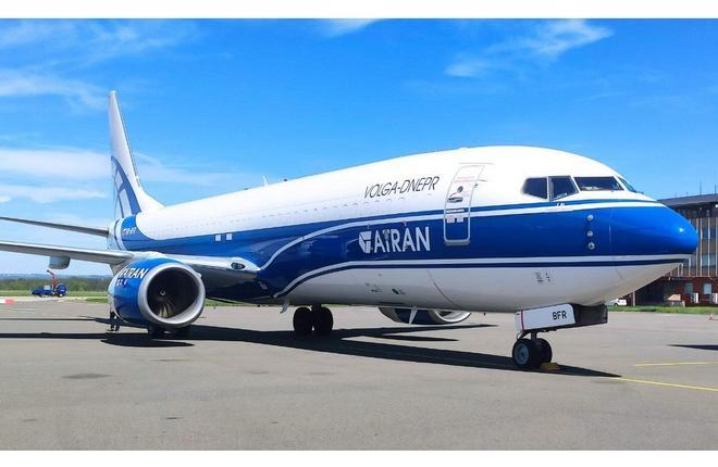 """грузовой самолет Boeing 737BCF (VQ-BFR) авиакомпании """"Атран"""" (группа """"Волга-Днепр"""")"""
