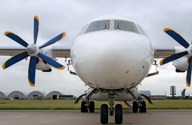 Самолет Ан-140 надо продвигать