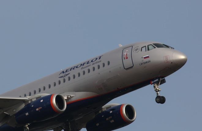 """Самолет SSJ 100 авиакомпании """"Аэрофлот"""""""
