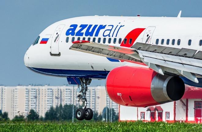 самолет Boeing 757 авиакомпанииAzur Air