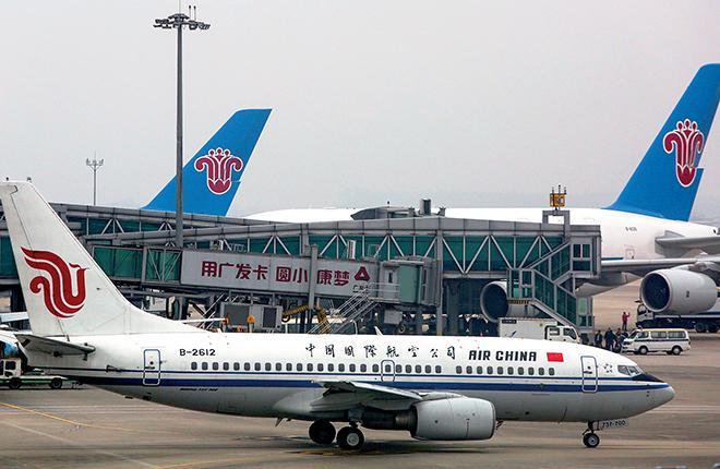 Одна только авиакомпания Air China за год перевозит свыше 100 млн пассажиров — столько же, сколько вся гражданская авиация России :: Леонид Фаерберг // Transport-Photo.com