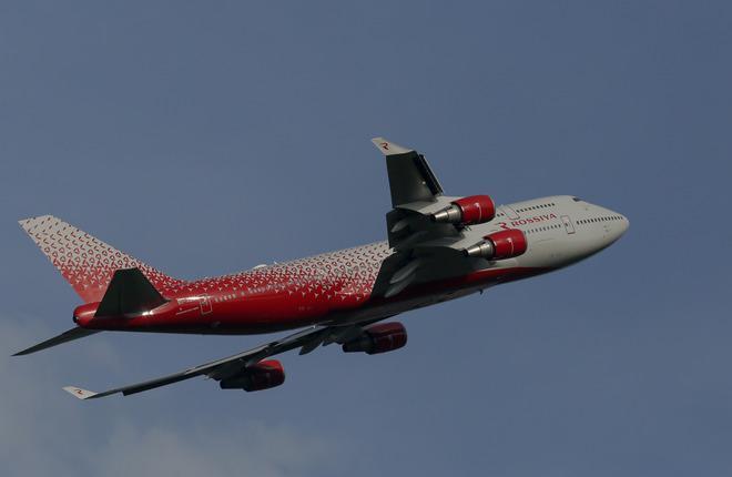 """Авиакомпания """"Россия"""" получила четвертый самолет Boeing 747"""