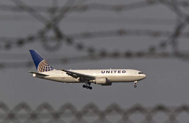 Крупнейших американских авиаперевозчиков заподозрили в сговоре :: American Airlines