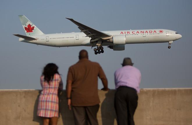 Самолет B-777 авиакомпании Air Canada