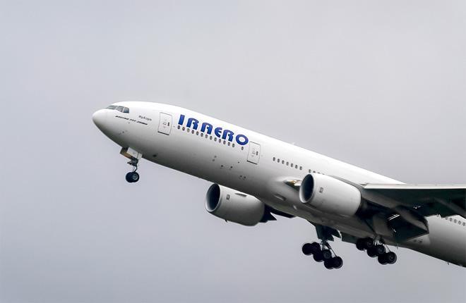 """Самолет B-777 авиакомпании """"ИрАэро"""""""