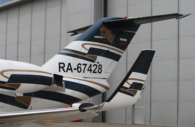 Борт RA-67428 также оснащен современным цифровым пилотажно-навигационным комплексом Garmin 1000 :: Марина Лысцева