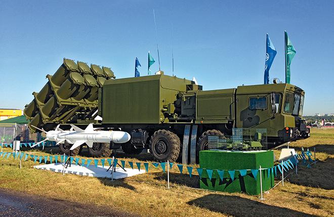 Bal-E coastal missile system with Kh-35UE missile