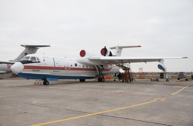 МЧС приняло первый таганрогский Бе-200