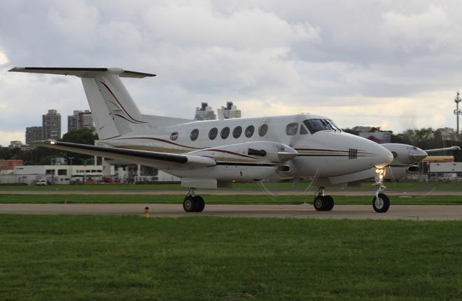 Самолет Beechcraft King Air 300