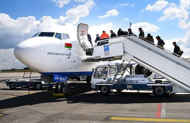 "Boeing 737-500 авиакомпании ""Белавиа"""
