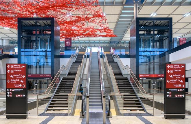 новый аэропорт Берлин-Бранденбург (BER)