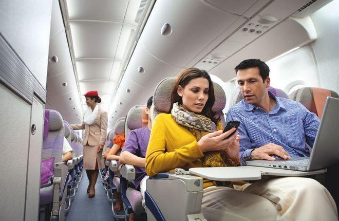 На борту самолета Emirates