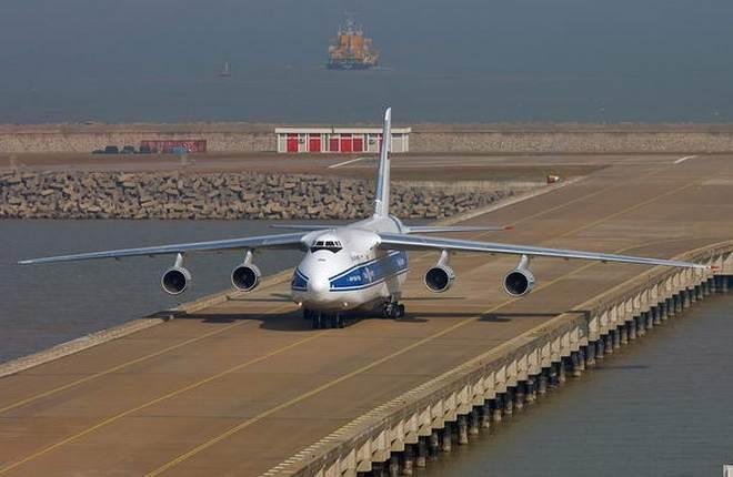 """Ан-124 """"Руслан"""" авиакомпании """"Волга-Днепр"""""""