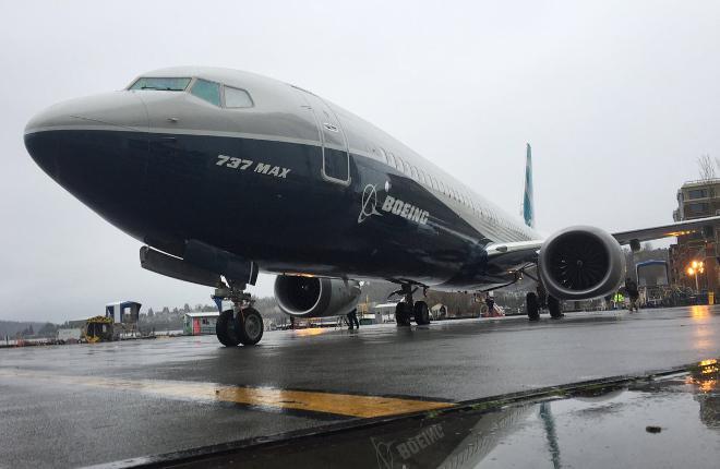 В США выкатили прототип самолета Boeing 737MAX-9