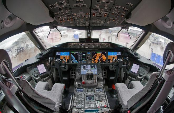 Кабина пилотов Boeing 787