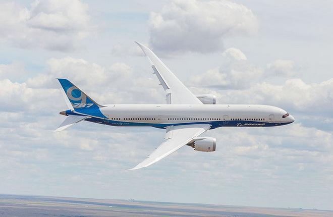 Самолет Boeing 787-9