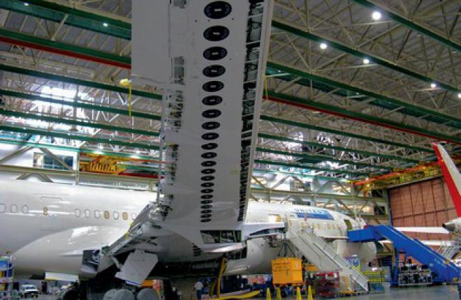 Компания Boeing для защиты композитного планера 787 от ударов молний применила с