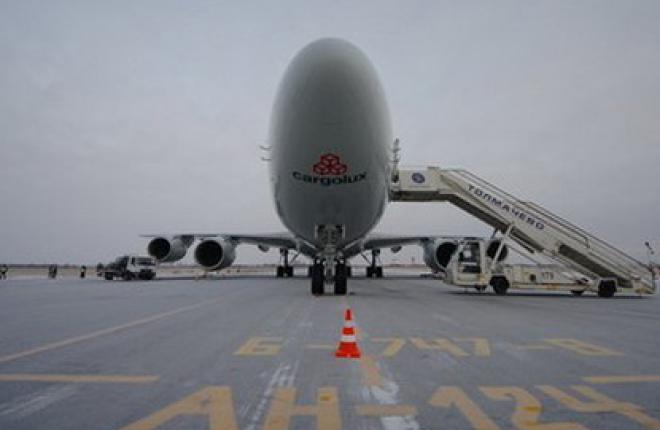 Росавиация допустила Толмачево к приему Boeing 747-8 на регулярной основе
