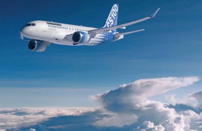 Первый полет самолета CS100 отложили на месяц