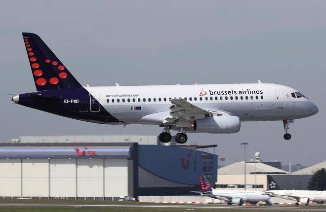 brussels-airlinesssj-100-landing-660x430.jpg