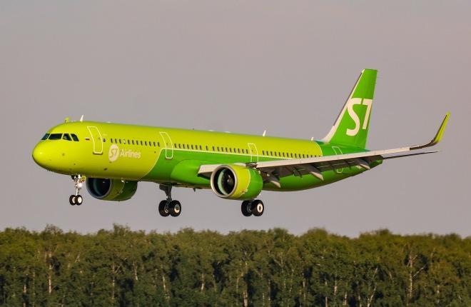 Самолет Airbus A321neo российской авиакомпании S7 Airlines
