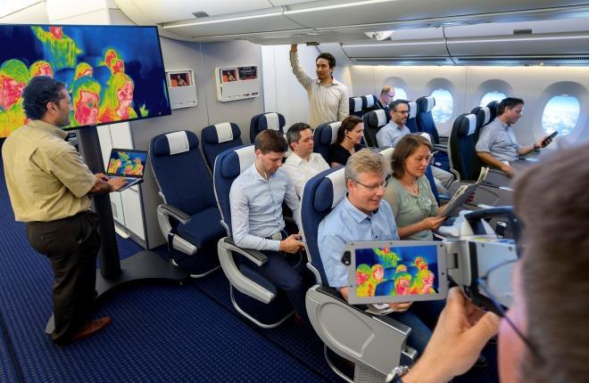 Эксперимент с воздушными потоками на борту самолета Airbus