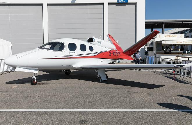 самолет Cirrus Vision SF50