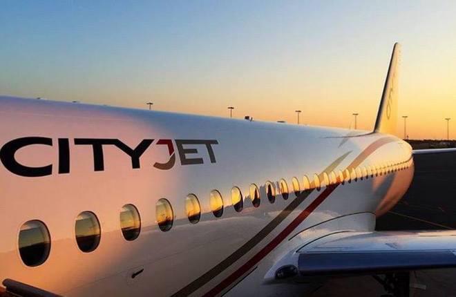 Ирландская авиакомпания CityJet получила третий SSJ 100