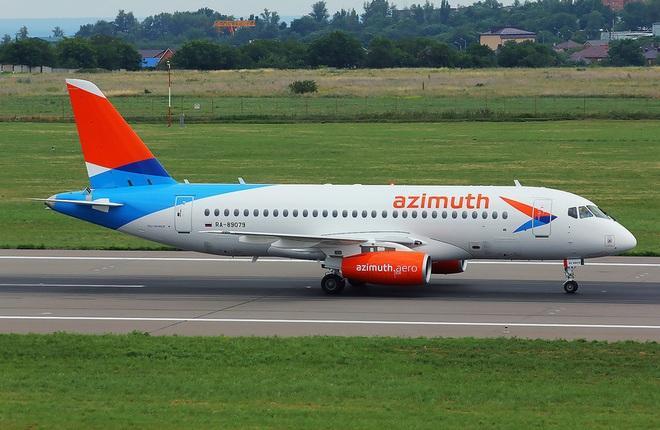 """SSJ 100 авиакомпании """"Азимут"""""""