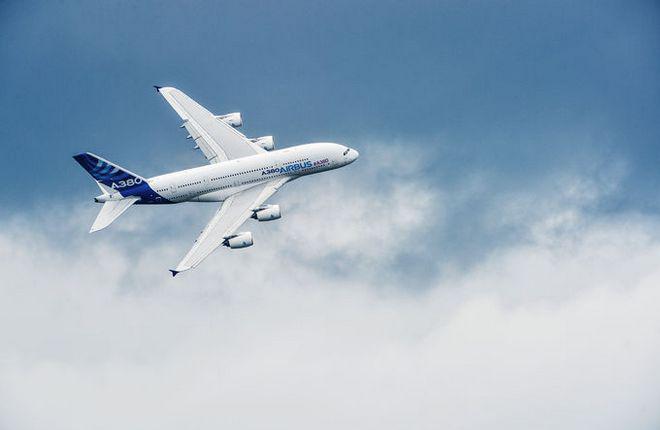 Airbus вновь снижает темпы производства А380