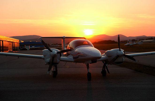 Самолет DA42-VI