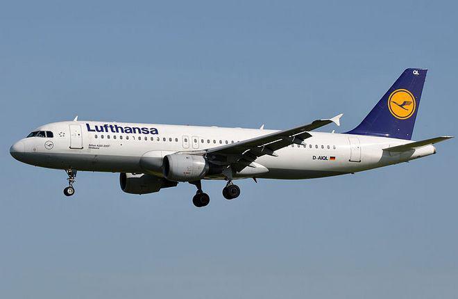Lufthansa удержала прибыль