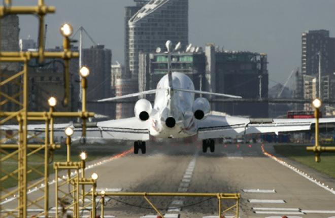 Операторы деловой авиации не торопятся бронировать слоты в лондонских аэропортах