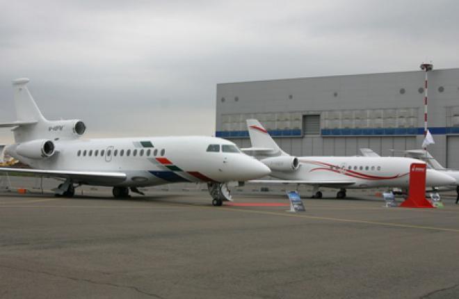 Dassault Falcon показывает 7X и 2000LX