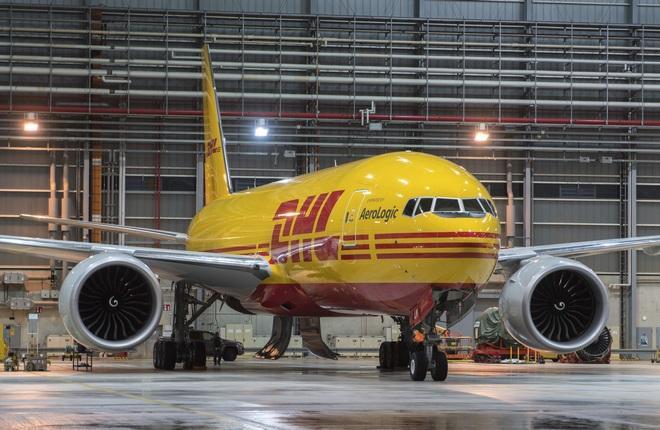 самолет 777F  компании DHL Express