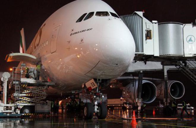 Авиакомпания Emirates начала летать в Домодедово на самолете Airbus A380