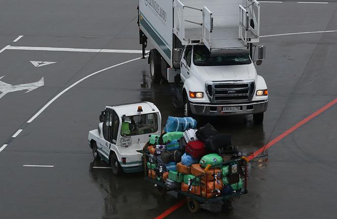 Транспортировка багажа в аэропорту Домодедово