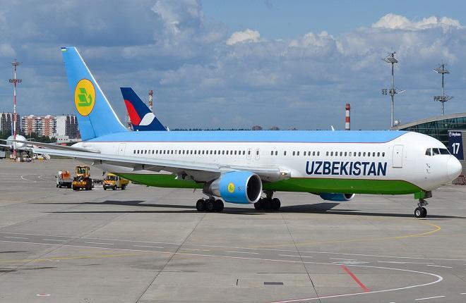 Самолет Boeing 767-300ER авиакомпании Uzbekistan Airways