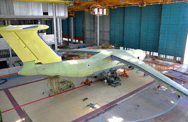 Ил-476 является глубокой модернизацией грузового самолета Ил-76