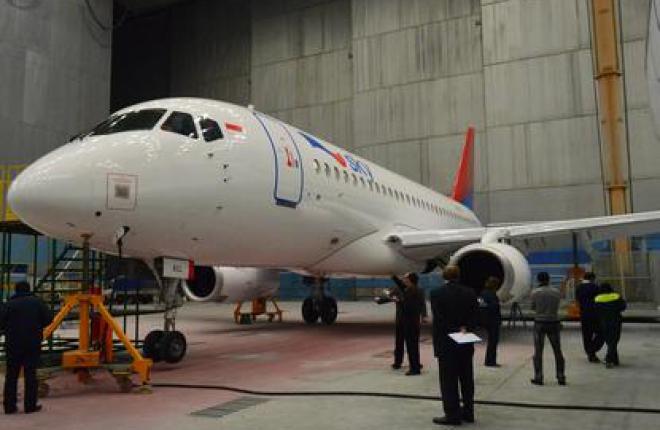 Индонезийские самолеты Sukhoi Superjet 100 получат 10-летнее обслуживание