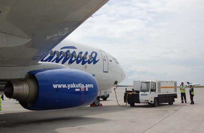 """Самолет Boeing 737 авиакомпании """"Якутия"""""""
