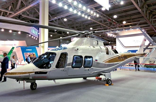 Leonardo Helicopters показала на HeliRussia 2018 вертолет AW109 Grand New, который можно использовать и для услуг санавиации :: Сергей Сергеев