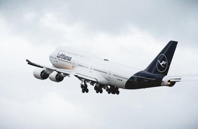 Boeing 747 в новой ливрее Lufthansa