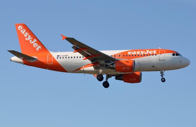 Самолет A319 авиакомпании EasyJet